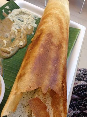 Photo: http://www.mylifeinsin.com/2013/04/murugans-idli-shop-lovely-dosa-thosai.html